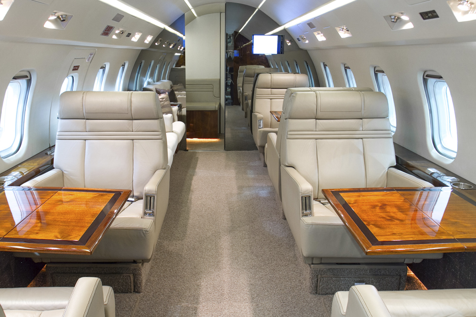 Interior of BOMBARDIER CHALLENGER 600 601