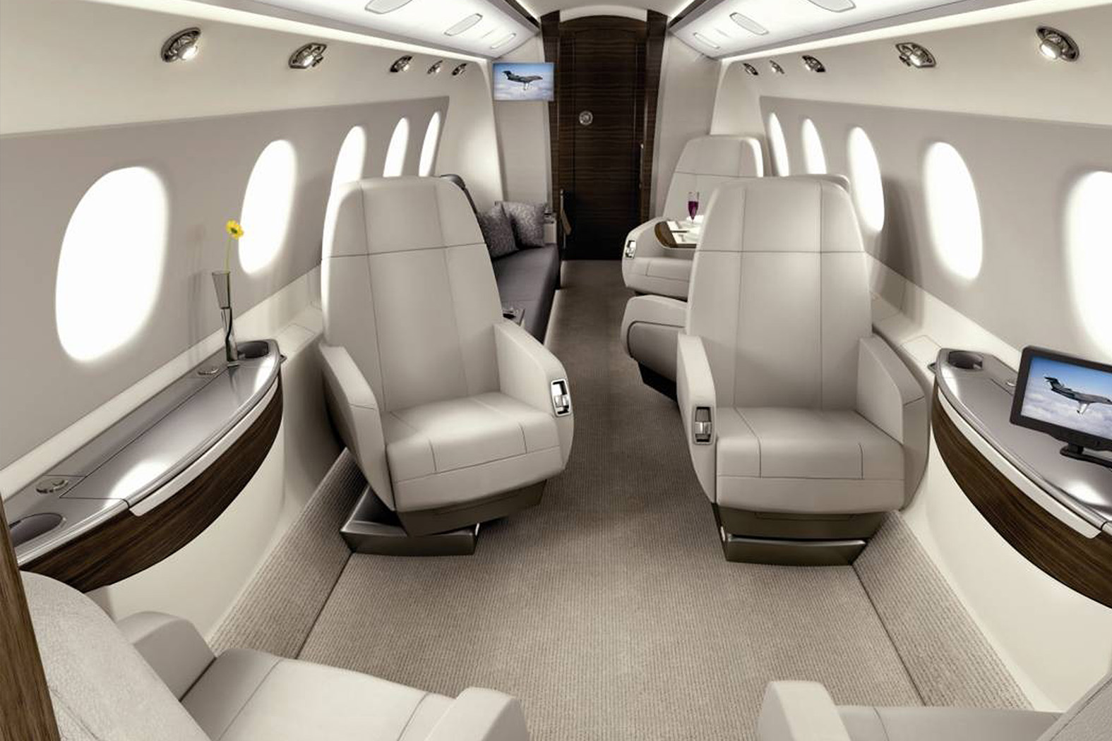 Interior of EMBRAER LEGACY 450