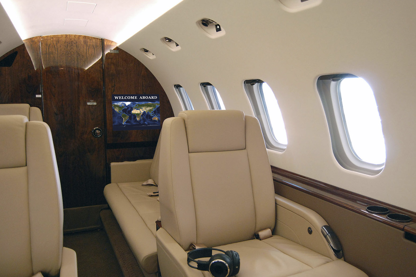 Interior of HAWKER BEECHCRAFT 800