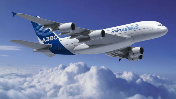 Airbus A380: The first airliner with a full length upper deck