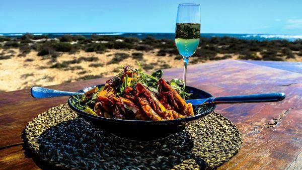 Honey soy garlic prawn leaf salad