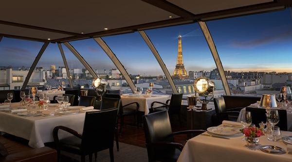 L'Oiseau Blanc, rooftop aviation themed restaurant