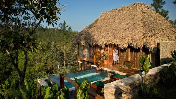 Luxury Cabana at Blancaneaux Lodge