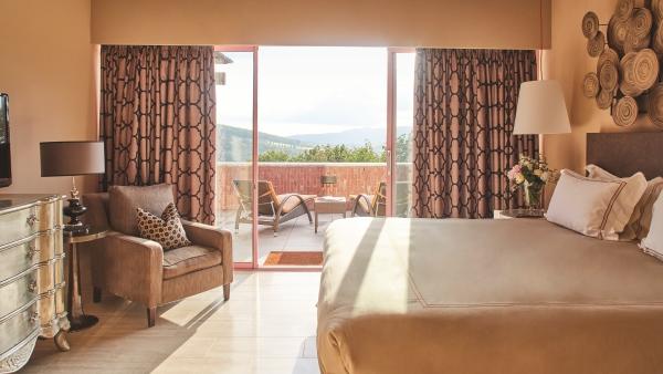 Suite with balcony at the Castello di Casole