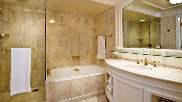 Executive Suite marble bathroom