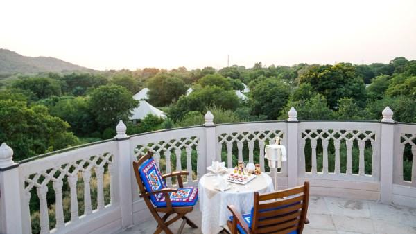 Terraced private dining at the Oberoi Vanyavilas Rajasthan, India