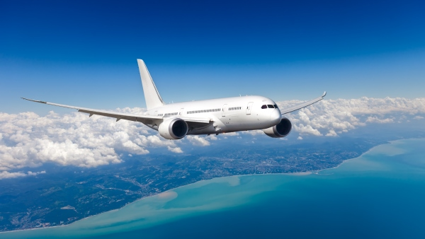 Boeing 787 Dreamliner: A long-haul, mid-size widebody made from composite materials