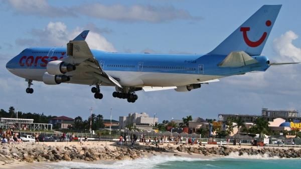 Corsair Airlines Boeing 747-400, Maho Beach, St Maarten