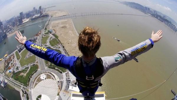 Skydiving in Macau