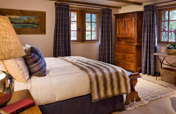 Chalet Pelerin Bedroom