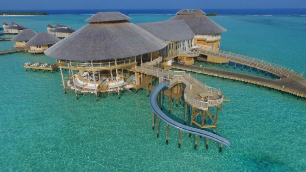 Jani: Aerial view of resort