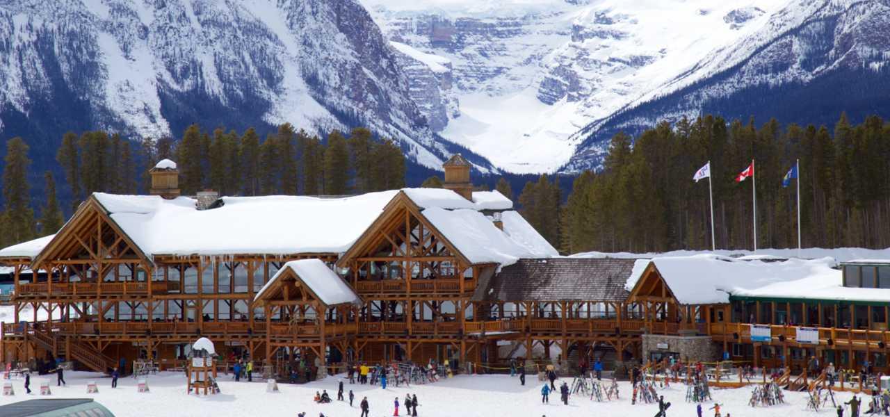 Lake Louise Mountain Resort in Canada