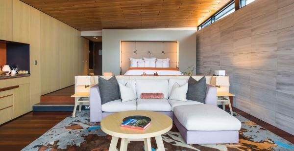 Luxury suite at Saffire Freycinet Resort