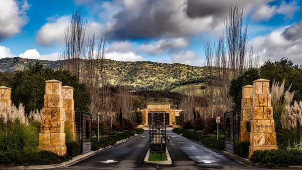 Charter a private jet to Napa Valley, California