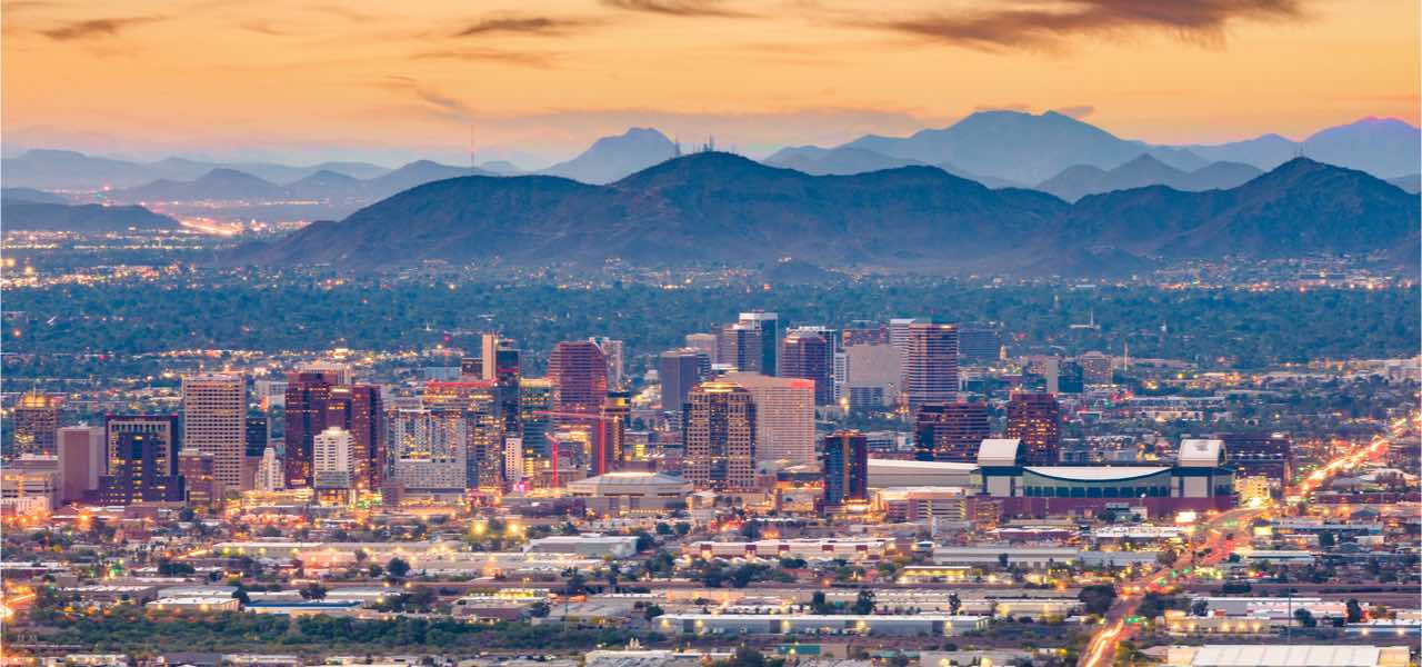Phoenix's cityscape at dusk, Arizona