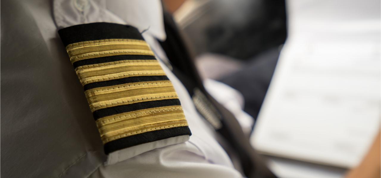 Pilot epaulette on sleeve