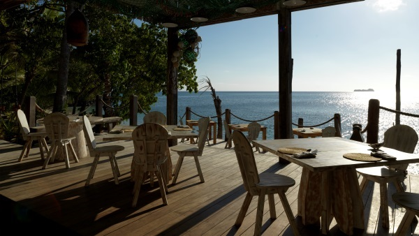 Restaurant with sea views