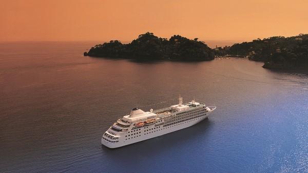 Silverseas Cruise Ship Exterior