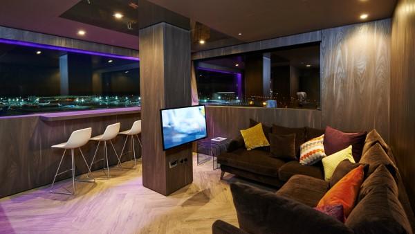 Bloc Hotel - Runway Suite