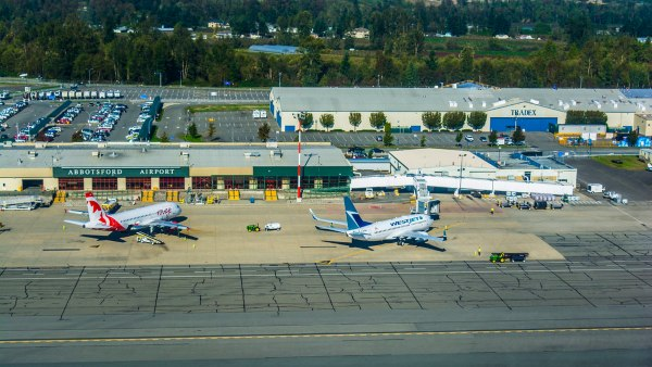 Airplanes in frond of the Abbotsford International Airport