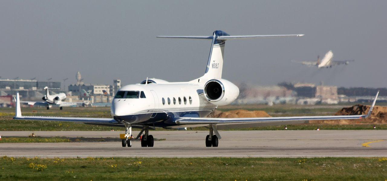 Gulfstream G500 en tierra.