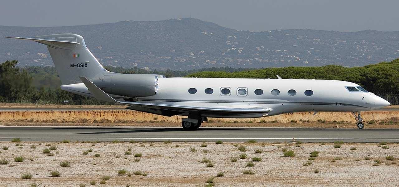 Gulfstream G650 sur la piste de décollage