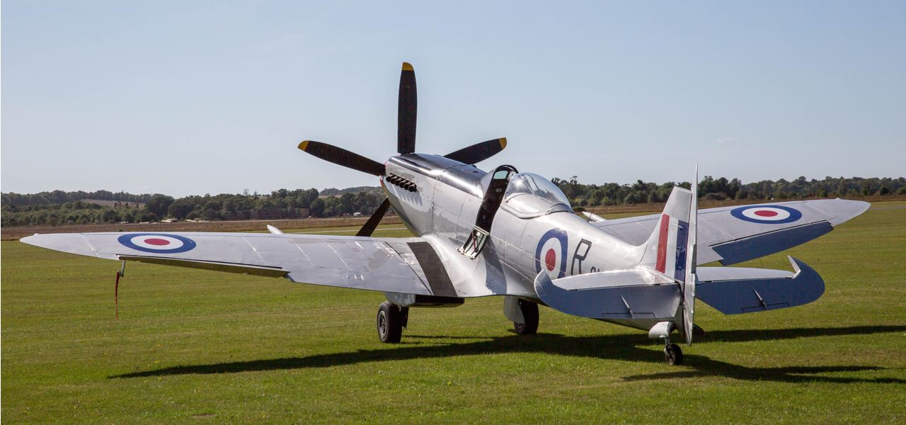Spitfire waiting to perform at Duxford