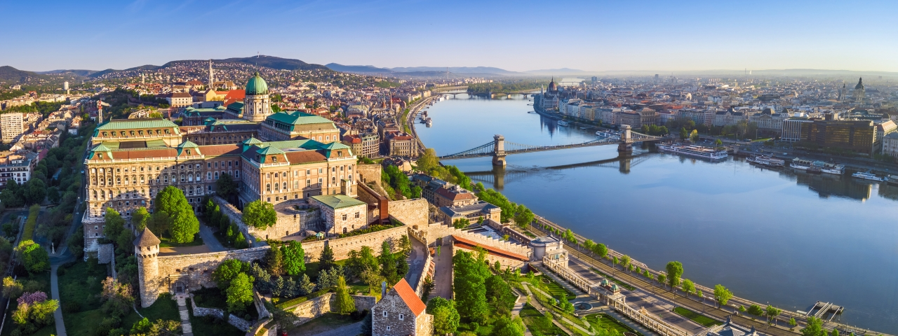 Alquiler de aviones y vuelos a Budapest