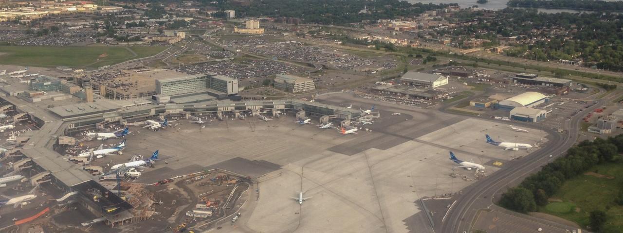Montréal–Pierre Elliott Trudeau International Airport Private Jet Charter & Hire