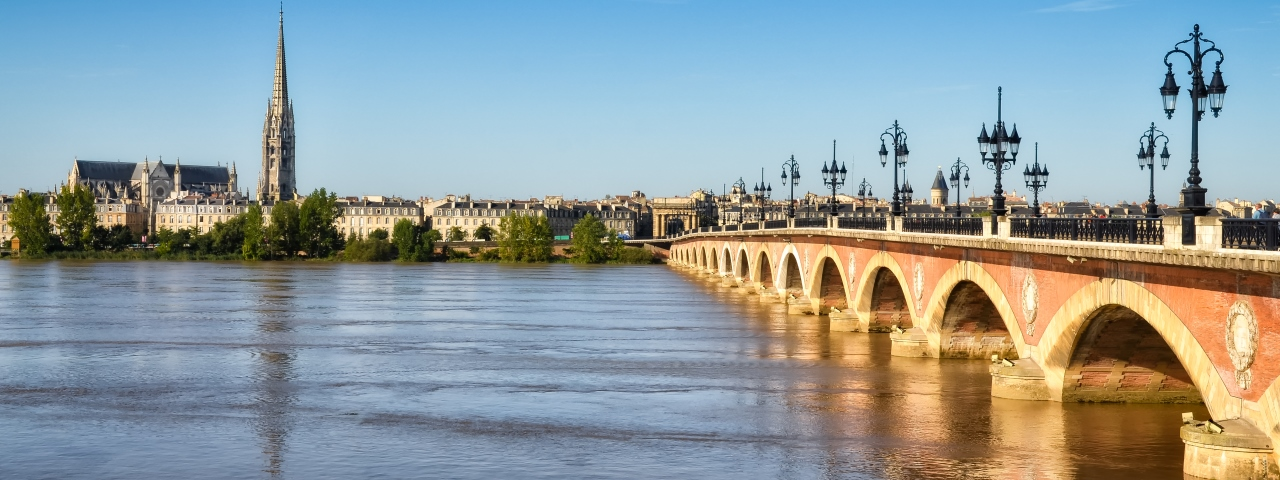 Private Jet Charter to Bordeaux