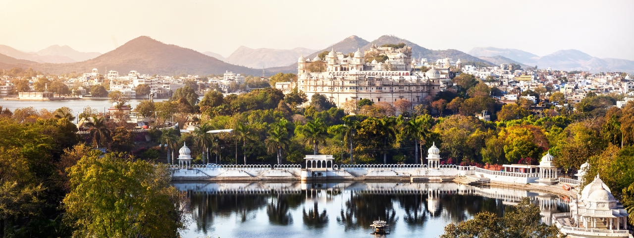 Private jet charter and flights to Udaipur